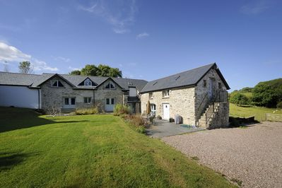 Beautiful Barn Conversion Near The Beach In Carmarthenshire Ferryside