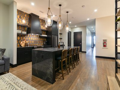 Photo for Downtown Luxury Condo, Seconds from  Broadway