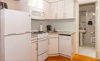 Photo for Upper East Side 1 bed 1 Bath - off PARK - NEW - COZY - RENOVATED