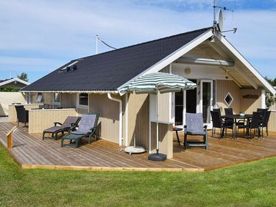 Photo for Spacious Holiday Home in Hemmet with Whirlpool