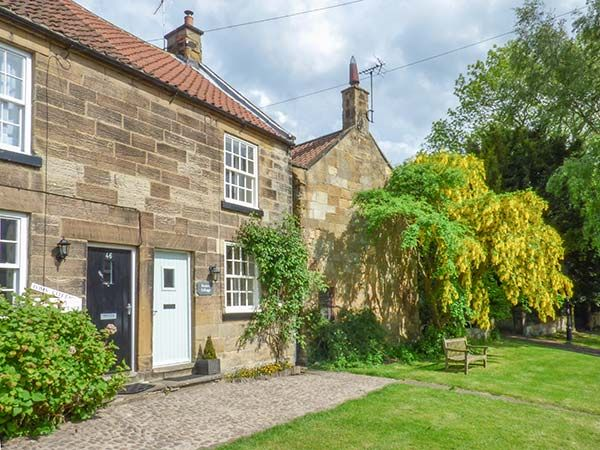 Peelers cottage pet friendly in osmotherle homeaway - Pet friendly cottages with swimming pool ...