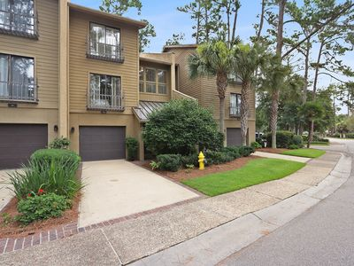 Photo for Luxurious 4BR/4BA townhome located in the heart of Harbour Town - Sleeps 8