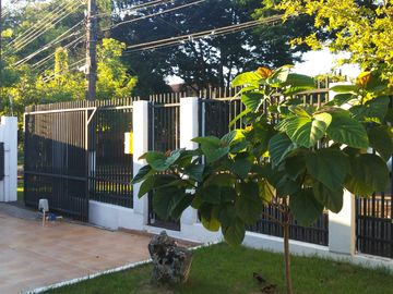 House near central Shopping JL 170 m² 3 1 bdr suite Wi-Fi Satellite TV