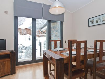 Photo for Floc 33 apartment in Canillo with WiFi, private parking, balcony & lift.