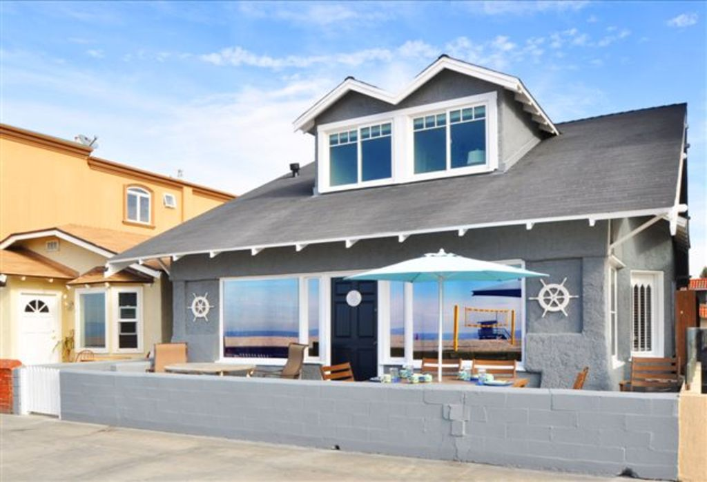 Oceanfront Cottage On The Strand Family Friendly Share Hermosa Beach