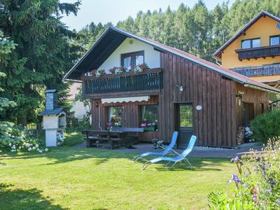 Photo for Detached, cosy holiday home with garden in the Thuringian Forest at the Rennsteig