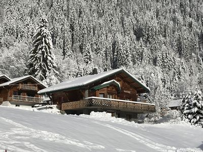 Photo for Chalet Aux Pieds Du Linga Ski Slopes 14 Pers.