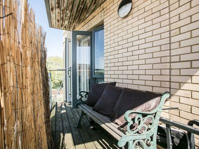Photo for Clapham 1 Bedroom Flat With Balcony