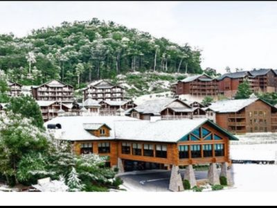 Photo for 5 Star Westgate Smokey MTN Resort. Christmas in the mountains. 12/19-26/2020