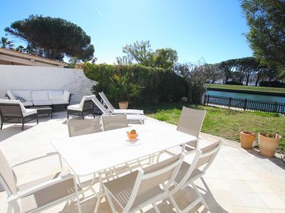 Photo for Large house with WIFI, A/C, 2 terraces, a garden and a mooring