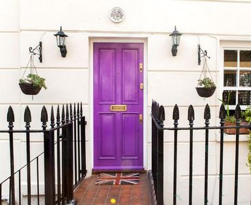 Photo for Charming Living In Central London - (3 Bed / 3 Bath)