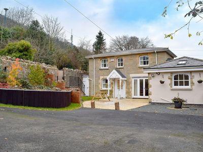 Photo for 3 bedroom property in Malvern.