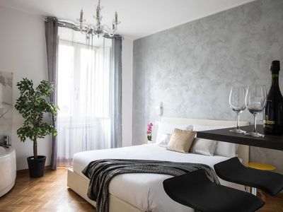Photo for Luxury Suite in Trastevere with Jacuzzi - Masi Silver