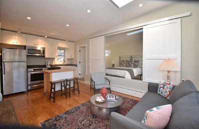 Photo for Convenient East End Loft Like 1 Bedroom with Parking.