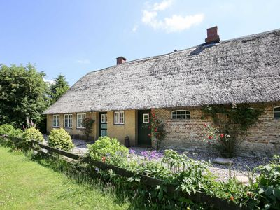Photo for OST371 thatched cottage to Sandkuhle - thatched cottage to Sandkuhle