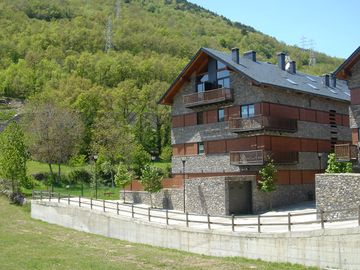 Apartment in Baqueira Beret and Aigüestortes area