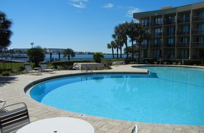 Photo for Waterfront Relaxation on Santa Rosa Sound - Whata View!!