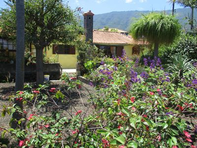 Photo for Typical Canary Cottage - Relaxation in the Botanical Garden