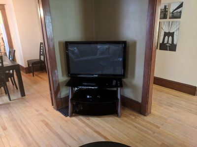Flat screen TV with Bell Fibe