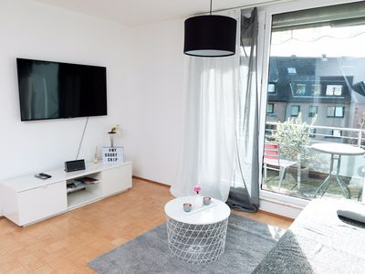 Photo for Smart, Bright & Central  Business Apartment