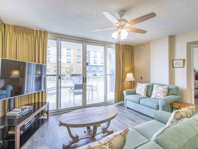 Photo for Gulf Front Condo with Beach Views. Community Pool, Hot Tub, Fitness & Grills! Free Beach Service