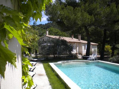 Photo for Mas and private pool near Vaison-la-Romaine