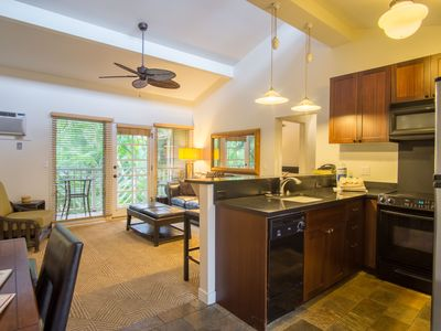 Best location unit C209 with West Maui mountain view!summer& fall reopening sale
