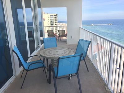 New Balcony Furniture to Enjoy the Fabulous View