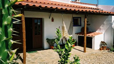 Photo for Tia Luísa Cottage (country house)