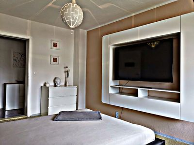 Photo for Cozy apartment with kitchen and bathroom near the Elbe bike path