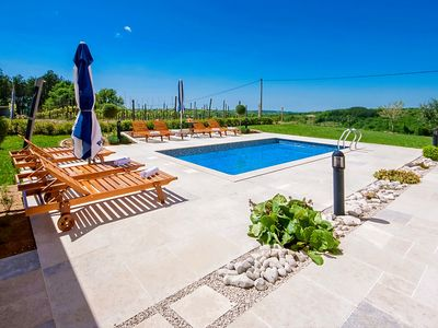 Photo for Holiday house Motovun for 10 persons with 5 bedrooms - Villa