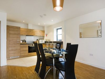 Photo for City Reach 2B apartment in Hammersmith with WiFi, balcony & lift.
