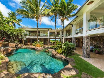 Photo for Stunning, Luxurious and Private Beachfront Estate