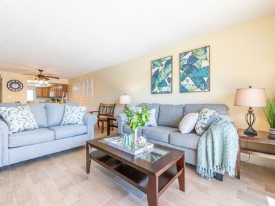 Photo for Beautiful 3 Bedroom Condo next to Pier- View of the Ocean!