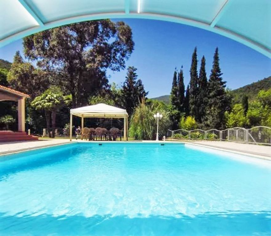 Collobrières House Rental   Swimming Pool View
