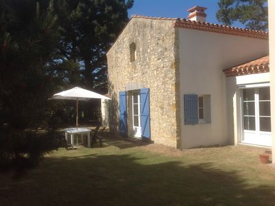 Photo for Charming little house, 150m from the beach