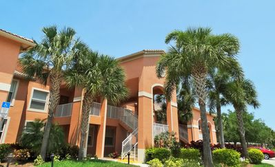 Photo for Bella Terra - Beach Style First Floor Condo with Lake Views!