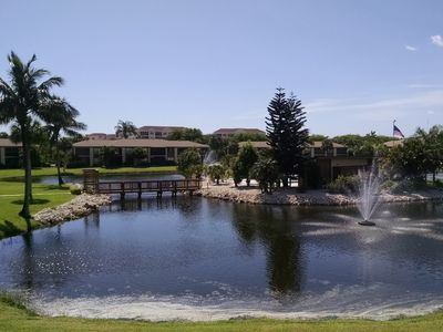 Photo for Beautiful Davis Lake 2 Bedroom/2 Bath Condo Near Sanibel!