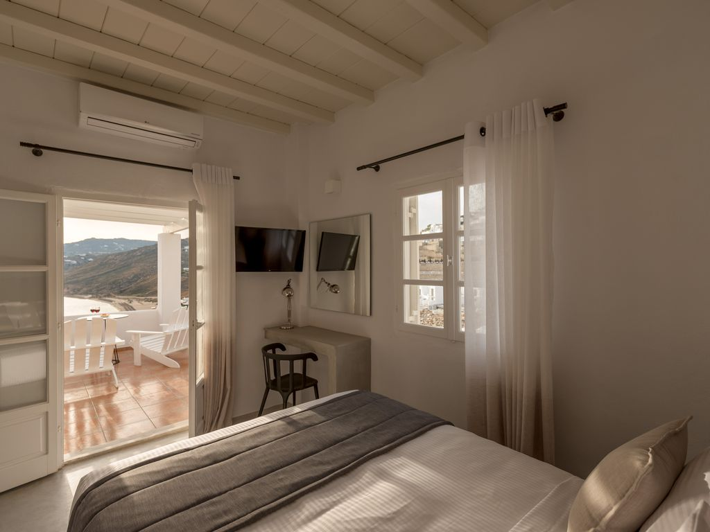 A wonderful and brand new boutique hotel plintri mykonos for Best boutique hotel brands