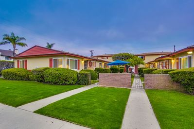 Pacific Beach apartments - near Trader Joes, Sprouts and the rest of PB