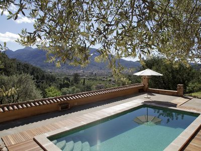 Photo for Beautiful country house with pool and breathtaking panoramic views