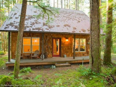 Photo for Vacation home 12GS Cabin w/sweet covered porch! in Mount Baker/Glacier - 4 persons, 2 bedrooms
