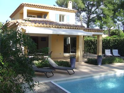 Photo for Beautiful villa with heated pool and sauna - Quarter Portissol