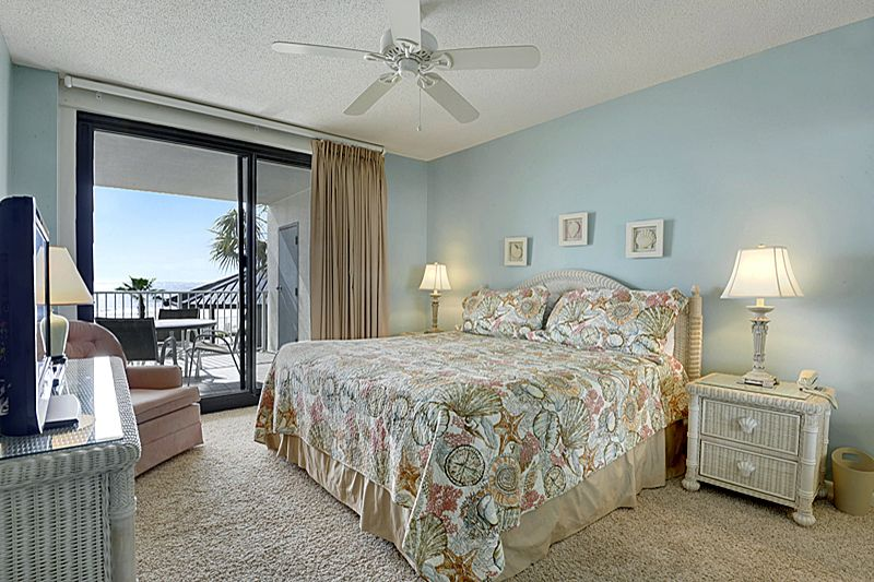 Saturday to Saturday bookings.  Oversized gulf front balcony sleeps 10.  Call for availability.
