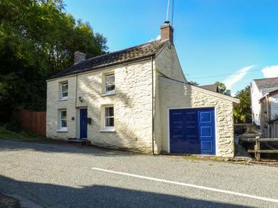 Photo for STAR MILL COTTAGE, pet friendly in Cardigan, Ref 13722