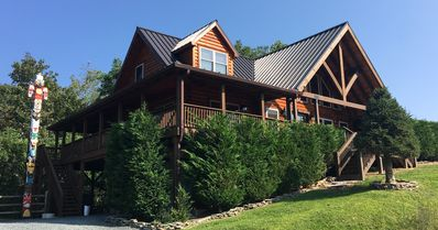 Photo for 4BR Cabin Vacation Rental in Vilas, North Carolina