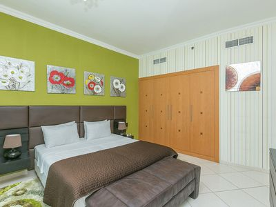 Photo for 3 Bedroom Apartment on the Marina Walk