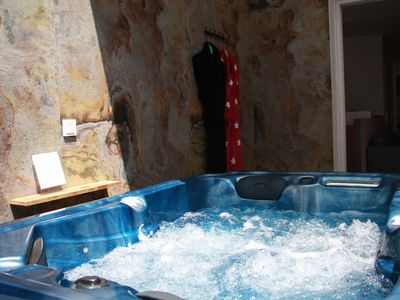 Photo for Hotel, Prestige jacuzzi suite, an unusual night under the stars