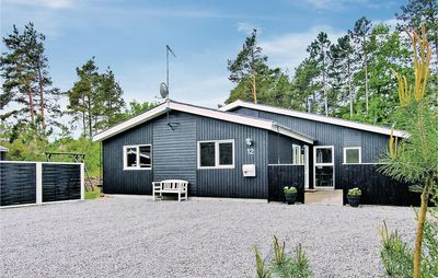 Photo for 5 bedroom accommodation in Glesborg