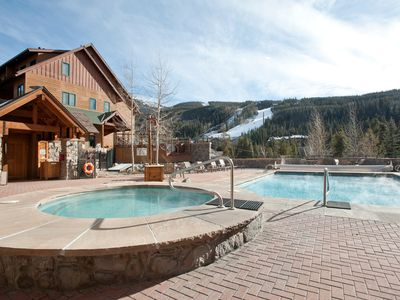 Photo for Fantastic Studio Condo Near the Lifts with Stone Fireplace and Fully-Equipped Kitchen